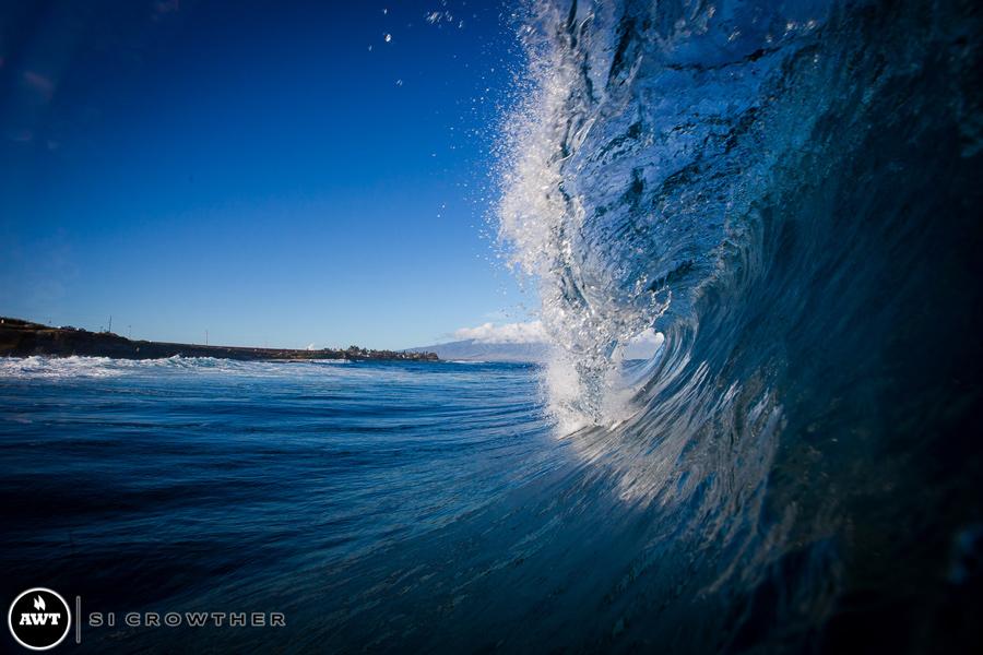 hookipa-wave-opening