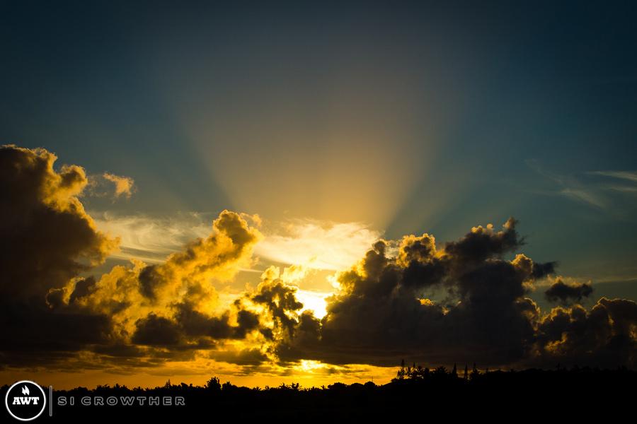 sunset-hookipa